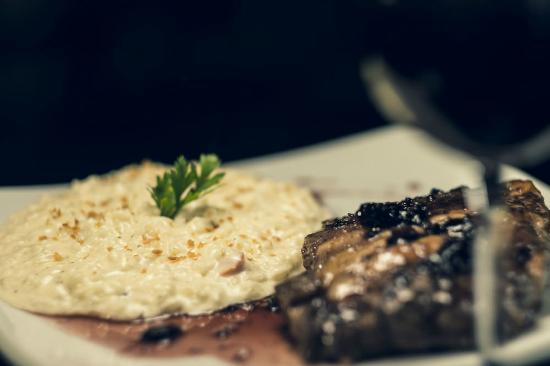Empório Grenelle : Gourmet do tamanho da sua fome