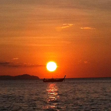 Koh Kradan Sunset At The Beach