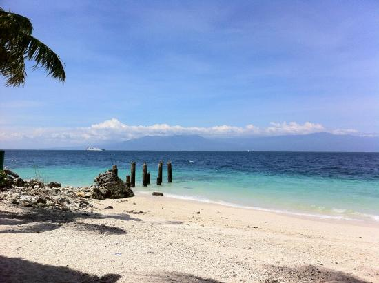 the beach - Picture of Dayang Beach Resort, Davao City ...