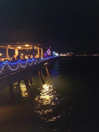 Deerfield Beach International Fishing Pier: Christmas lights