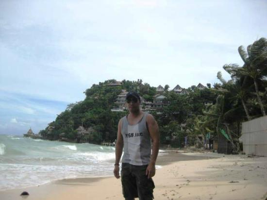 baraki beach philippines