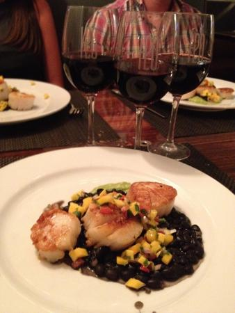 H2O Seafood & Sushi: Wine pairing Wednesday.