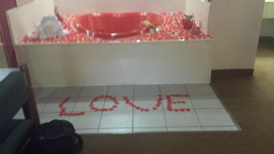 Days Inn Irving: Romantic