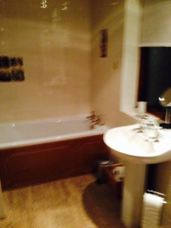 Grove Flock Farm Bed and Breakfast: Bathroom