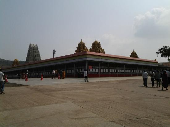 Sri Balaji Mandir: A view of Shree Venkateshwara Temple, approaching from the main approach road .