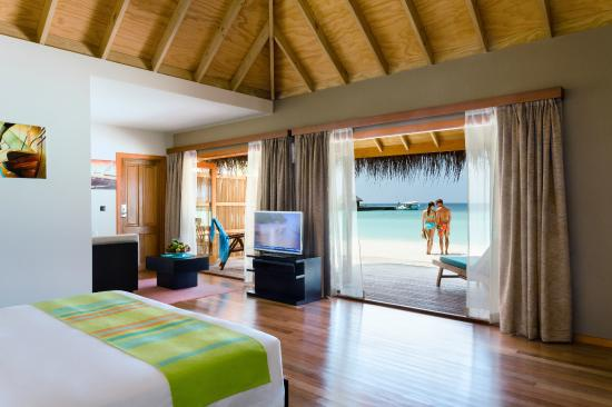 Veligandu Island Resort & Spa: Jacuzzi Beach Villa