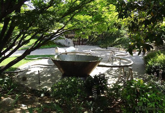Jardin Tino-Rossi