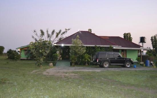 Njovu Park Lodge/Campsite