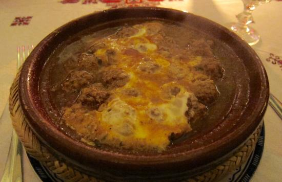 Dar Dalila : Tagine Kefta with Poached Egg