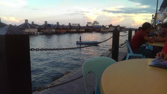 Ocean Treasure Live Seafood Restaurant: Scenic view