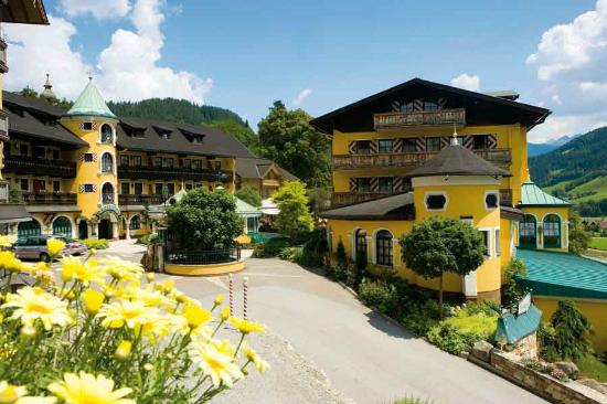 partnervermittlung single hotel schladming oksana  Single bedroom Hotel Berghof Ramsau am Dachstein. Single bedroom Hotel Berghof Ramsau am Dachstein.