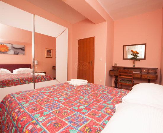 Split Apartments - Peric Hotel, hoteles en Split