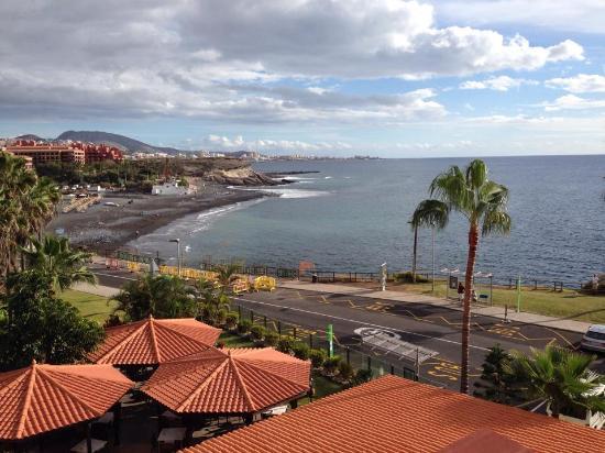 Vista dal balcone1 picture of hovima jardin caleta la for Aparthotel jardin caleta costa adeje
