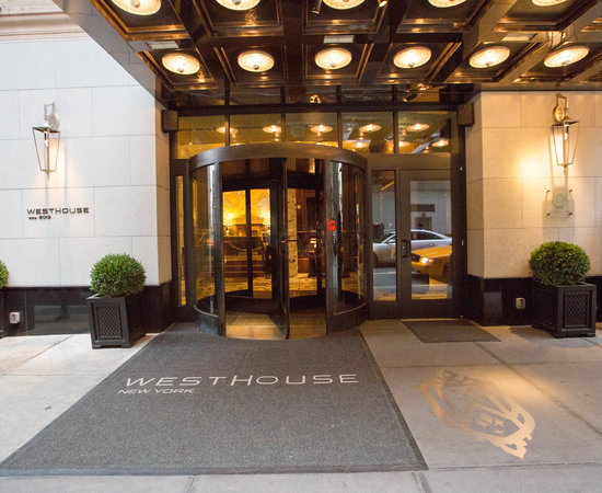 Westhouse Hotel New York Parking