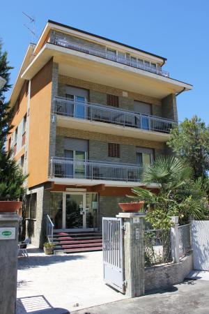 Photo of Hotel Villa del Mare Senigallia
