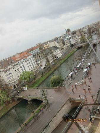 Ibis Strasbourg Centre Halles: La vue depuis la chambre