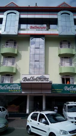 Bellmount Resorts: Front