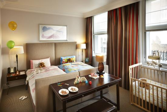 children s room setup at brown s hotel   picture of brown