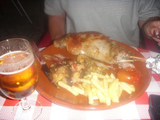 Restaurante Asador El Muelle : Roast leg of lamb