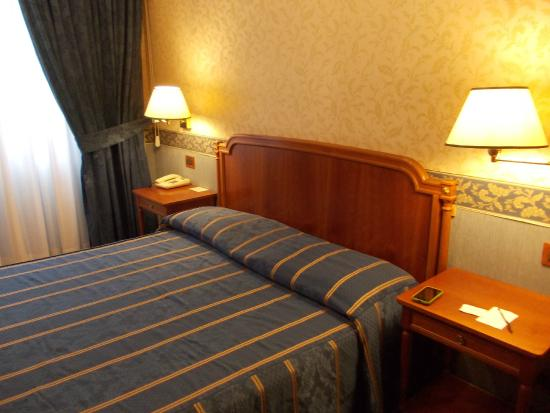 Strozzi Palace Hotel: camera doppia