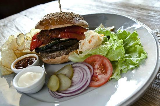 Drogheria Bar & Grill
