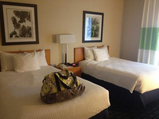 Fairfield Inn & Suites Columbus OSU: Queen beds in double room