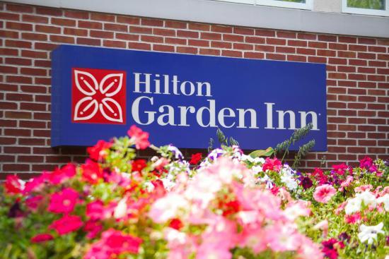 Welcome to the Hilton Garden Inn Lancaster