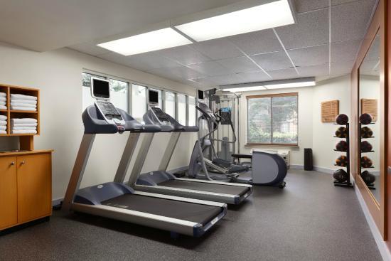 Hilton Garden Inn Lancaster: On-site Fitness Center