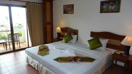 Khaolak Sunset Resort: Bett