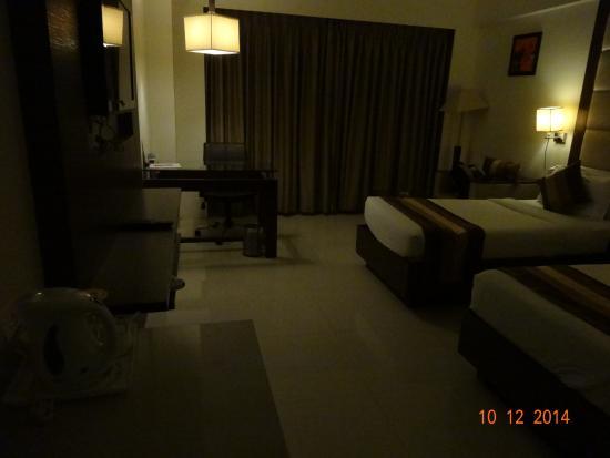 Le Grande Residency: Inside the room
