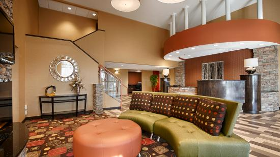 BEST WESTERN Luxbury Inn Fort Wayne