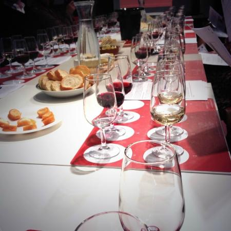 West London Wine School - Day Classes : Introduction to the World of Wine Course
