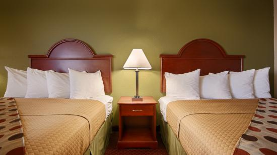 Best Western Luxbury Inn Fort Wayne: Oversized Guest Rooms with Microwave/Refrigerator