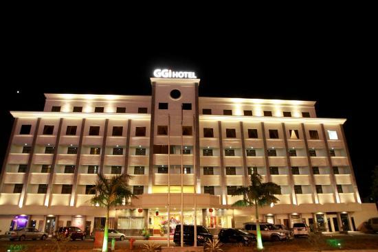 GGi Hotel: FACADE