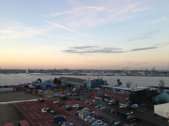DoubleTree by Hilton Hotel Amsterdam - NDSM Wharf: Uitzicht 6de verdiep