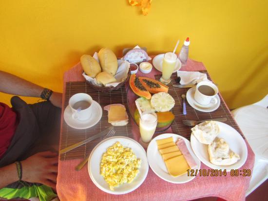 Pousada Caravelas: Desayuno