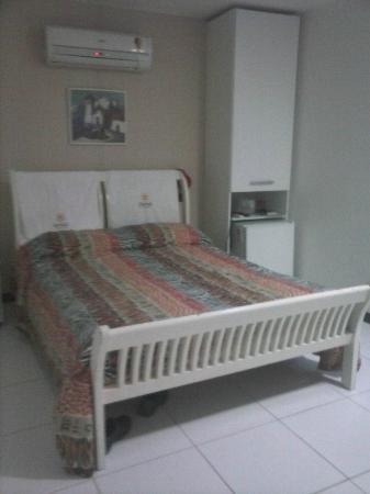 Quaraca Pousada: A cama do quarto da frente