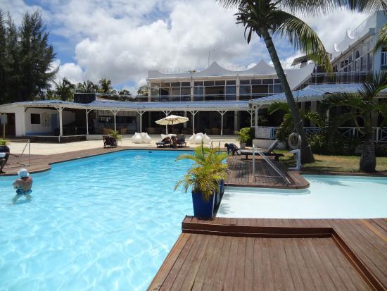 foto de mont choisy coral azur beach resort trou aux biches plage tripadvisor. Black Bedroom Furniture Sets. Home Design Ideas