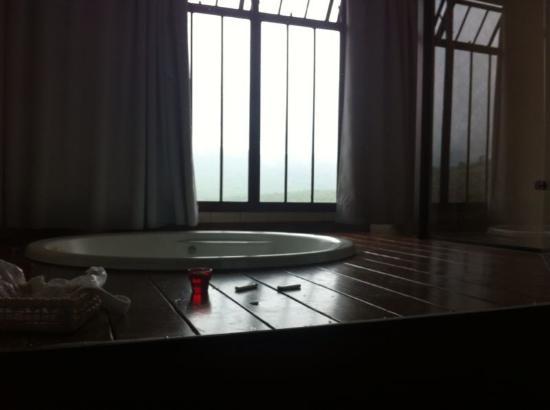 Vista da Serra: Banheira de hidromassagem