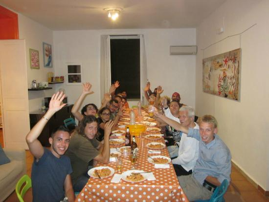 A Casa di Amici Hostel and Guest House: pasta party