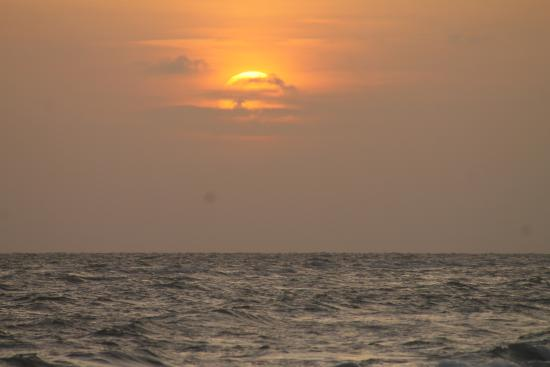 Sanibel and Captiva Chamber of Commerce and Visitors Center: Sunset on Sanibel