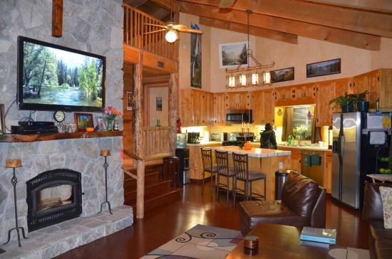 Evergreen Haus: The kitchen