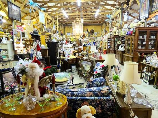 Riverside Barn Antiques