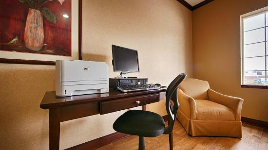 BEST WESTERN Lawrenceburg Inn: Computer Access and Printing available 24-7