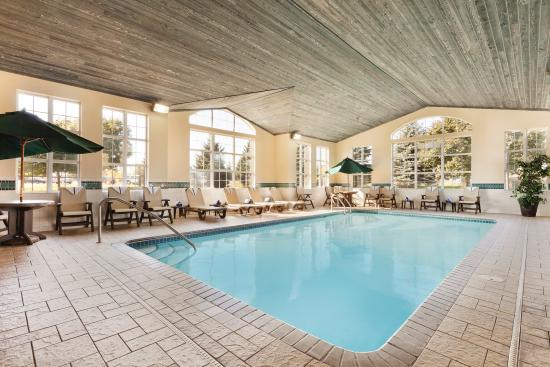 Country Inn & Suites By Carlson, Eagan : Pool & Jacuzzi Area