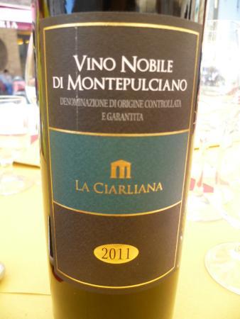 Strada del Vino Nobile di Montepulciano e dei Sapori della Valdichiana Senese: Vino Nobile