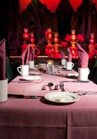 Magic of Polynesia: Enjoy dinner and a show