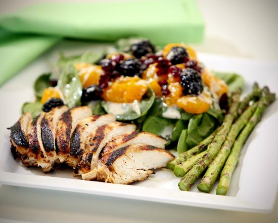 The Brown Bag: Grilled Chicken Breast with Grilled Asparagus