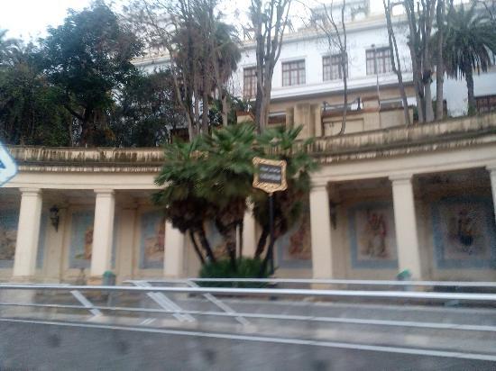 Museum of Modern Art Algiers : Museu