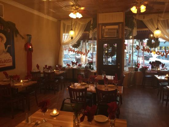 Yvonne's Cafe : Ready for the holidays